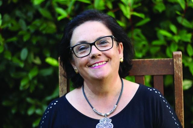 Albertina Fernandes